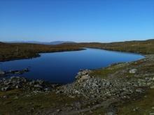 Tjärn på väg från Blåhammaren till Storulvån
