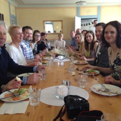 Lunch med familjerna