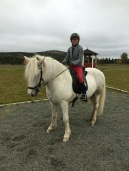 Med Klara på tävling